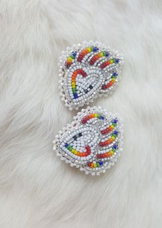 Excellent Free Beadwork designs Popular Bond pressure can produce a enormous affect on the way your jewellery looks. No-one desires to devote working Beaded Earrings Native, Beaded Earrings Patterns, Seed Bead Patterns, Native Beading Patterns, Beaded Necklace, Indian Beadwork, Native Beadwork, Native American Beadwork, Beadwork Designs
