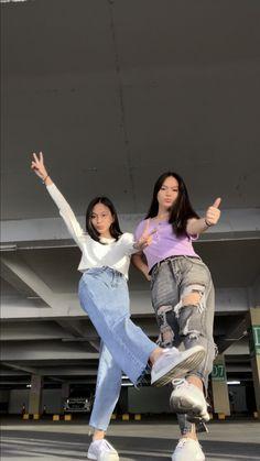 Korean Best Friends, Boy And Girl Best Friends, Cute Friends, Bff Pictures, Best Friend Pictures, Friend Photos, Ulzzang Couple, Ulzzang Girl, Beastie Girls