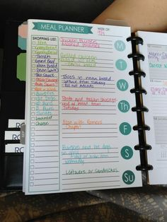 meal planner idea color coded to make the shopping list easier