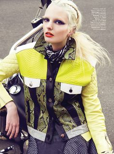 Biker Chic – Chrystal Copland stars in Vogue Portugal's April 2013 edition photographed by Kevin Sinclair. The stark blonde sports a wardrobe from the likes of… Nomad Fashion, Vogue Fashion, Fashion Shoot, Fashion Art, Editorial Fashion, High Fashion, Fashion Looks, Womens Fashion, School Fashion