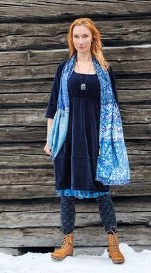 Velour dress in cotton & polyester – Skirts & dresses – GUDRUN SJÖDÉN – Webshop, mail order and boutiques Boho Outfits, Pretty Outfits, Beautiful Outfits, Fashion Outfits, Washi Dress, Gudrun, Colourful Outfits, Colorful Clothes, Love Fashion