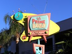 Going old school at 50s Prime Time Cafe on one of our Hollywood Studio days
