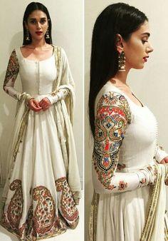 Aditi Rao Hyderi wearing white embroidered dress by Rimple Harpeet Narula