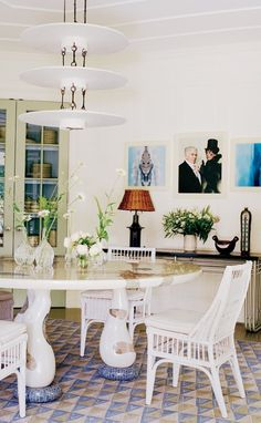 A look at 30 dining rooms in beautiful beautiful dining for Most beautiful dining rooms