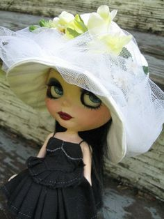 RESERVED  Doll Hat for Blythe  White Cotton Tone on by cindysowers, $33.00