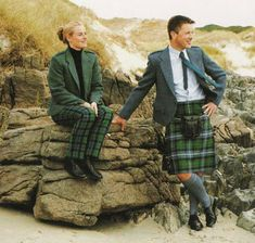 Tweed and tartan, Irish style