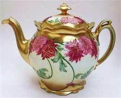 vintage teapots and teacups   Vintage Austrian Pink Dahlia Teapot.   Tremendous Teapots and Teacups!