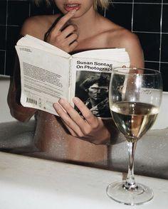 Reading and drinking via Lisa Dengler #atpatelier #atpatelierweekends #weekend