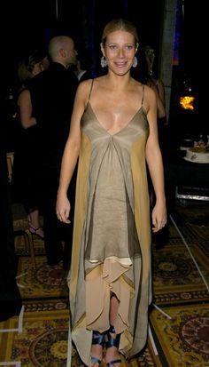 Pregnant Gwyneth Paltrow (457×800)