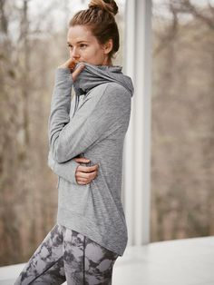 Supremely-soft French terry in a longer-length hoodie for your ultimate between-workout look.