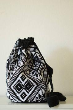 Bag with tapestry technique Norwegian motives Crochet