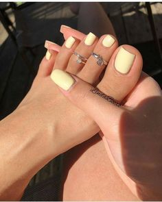 Pretty Toe Nails, Cute Toe Nails, Gel Nails, Nail Polishes, Toe Nail Polish, Coffin Nails, Summer Toe Nails, Spring Nails, Acrylic Toes
