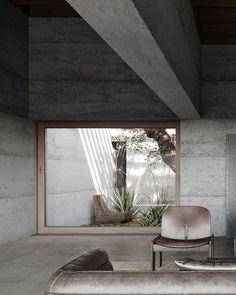 inspiration zone   studio photonic Concrete Architecture, Modern Architecture, Brutalist, Photo Studio, Modern Interior, Windows, Inspiration, Home, Decor