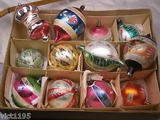 ANTIQUE LOT OF 12 GLASS FEATHER TREE ORNAMENTS, HAND PAINTED 2 1/2""