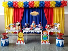 Guigui♥️ Circus Party Decorations, Circus Carnival Party, Circus Theme Party, Carnival Birthday Parties, Circus Birthday, First Birthday Parties, Birthday Party Themes, Circus 1st Birthdays, First Birthdays