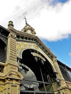 www.mam.com.uy Montevideo, Big Ben, City, Building, Travel, Balconies, Windows, Farmers Market, Shopping Center