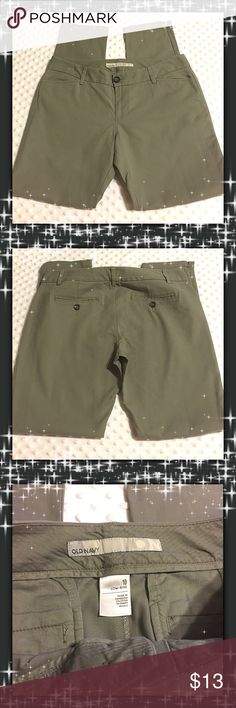 Old Navy Pants NWOT. Excellent Condition. 10 Low Rise Old Navy Pants Straight Leg