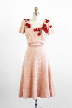 vintage 1940s dress / 40s dress / Crocheted Flowers Tan and Burgundy Knit Dress