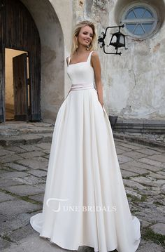New Free of Charge Simple 2019 White Wedding Dresses A line Square Neckline Modest Satin Bridal Gowns with Pockets Ideas Beautiful Wedding Dresses ! The existing wedding dresses 2019 consists of a dozen various dresses in Western Wedding Dresses, Wedding Dress Sash, Classic Wedding Dress, Modest Wedding Dresses, Perfect Wedding Dress, Designer Wedding Dresses, Bridal Dresses, Casual Wedding, Wedding White