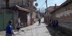 "Државно подметање тзв ""републике Косово"" напаћеним Србима на КиМ! - http://www.vaseljenska.com/wp-content/uploads/2018/01/Orahovac-deca-660x330.jpg  - http://www.vaseljenska.com/drustvo/drzavno-podmetanje-tzv-republike-kosovo-napacenim-srbima-na-kim/"