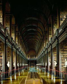 Biblioteche - Massimo Listri 5 - Dublin