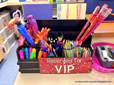 Create a VIP Table in your classroom! Help with motivating students. Easy to do! FREEBIE!