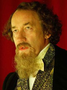 """Charles Dickens (Simon Callow on Doctor Who """"The Unquiet Dead"""") Doctor Who, First Doctor, Tardis, Simon Phillips, Simon Callow, Drama News, Political Culture, Uk Tv, Bbc One"""