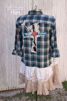 Farm Girl Fancies Upcycled Flannel Shirt/Jacket by: Sweet Magnolias Farm ~ Now in our Etsy Shop Gebleichte Shirts, Bleach Shirts, Flannel Shirts, Diy Clothing, Recycled Clothing, Create Shirts, Altered Couture, Shirt Refashion, Recycled Fashion