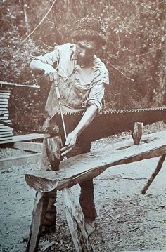 Pitsaw01 - Whipsaw - Wikipedia, the free encyclopedia
