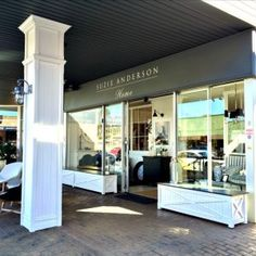 suzie-anderson-home-front-of-store-moss-vale-southern-highlands-nsw