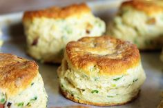 Cheese and Chive Vegan Biscuits - If even you're not vegan, these are great! I use milk, butter, and cheese.not vegan ingredients Vegan Foods, Vegan Snacks, Vegan Dishes, Vegan Recipes, Scone Recipes, Vegan Meals, Brunch Recipes, Yummy Recipes, Vegan Biscuits