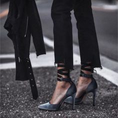 3 Radiant Cool Tricks: Slip On Shoes Converse shoes mocasin moda.Shoes Boots Ankle slip on shoes converse. Shoes 2018, Mode Shoes, Yeezy Shoes, Shoes Sneakers, Shoes Heels, Louboutin Shoes, Suede Heels, Converse Shoes, Adidas Shoes