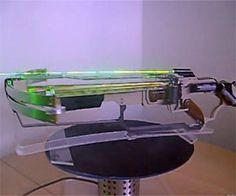 Blade Driver Crossbow | DudeIWantThat.com