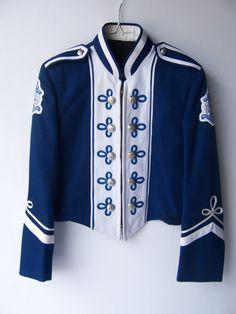 vintage marching band jacket on etsy Majorette Uniforms, Men Fashion Photo, Marching Band Uniforms, Military Inspired Fashion, Thrift Store Fashion, Band Jacket, Uniform Design, Anime Dress, Dapper Men