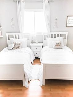 Cozy And Whimsical Girls Shared Bedroom Reveal on Home Architecture Tagged on Cozy And Whimsical Girls Shared Bedroom Reveal. Shared Bedrooms, Teen Girl Bedrooms, Small Shared Bedroom, Boy And Girl Shared Bedroom, Cozy Bedroom, Bedroom Decor, Bedroom Ideas, Bedroom Designs, Lego Bedroom