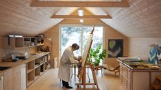 Timber shed gives retired couple room for painting and gardening
