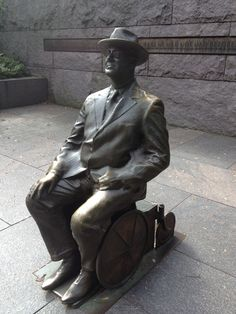 New Roosevelt Memorial - statute is really cool!