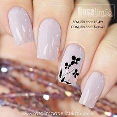 45 types of makeup nails art nailart 49 – Nails Christmas Nail Designs, Christmas Nails, Flower Nail Designs, Nail Art Designs, Cute Nails, Pretty Nails, Hair And Nails, My Nails, Types Of Nails