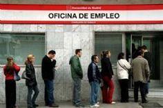 Busy tourist season nudges Spanish unemployment lower | Tumbit News Story