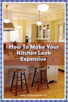 Small Kitchen Ideas to Steal So You Never Feel Claustrophobic Again. Hello, sky-high cabinets and mirrored backsplashes. Decorating Kitchen, Kitchen Decor, Mirror Backsplash, Design Your Kitchen, Modern Spaces, Sky High, Country Kitchen, Kitchen Ideas, Cabinets