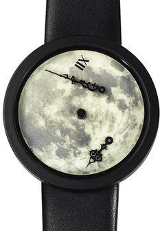 【無重力時計!?】長針と短針を文字盤に解き放った腕時計がなんともかっこいい! - FEELY