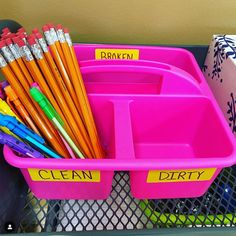 23 Back-to-School Hacks For Teachers During the Pandemic Classroom Community, Special Education Classroom, School Classroom, Classroom Ideas, Inside Soap, Letter To Students, Early Finishers Activities, Back To School Hacks, School Ideas