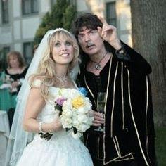 Happy 7 year wedding anniversary to Ritchie and Candice Night