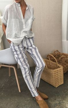 Tendenze moda estate idee di tendenza Why Everyone Is Suddenly Obsessed With The… Street Style Outfits, Mode Outfits, Casual Outfits, Fashion Outfits, Fashion Trends, Womens Fashion, Fashion Ideas, Ladies Fashion, Fashion Boots