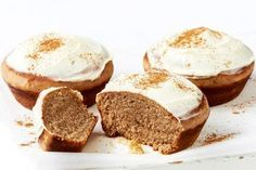 Gingerbread Cake, Christmas Gingerbread, Christmas Treats, Christmas Baking, Gingerbread Recipes, Christmas Stuff, Sweet Recipes, Cake Recipes, Canapes Recipes