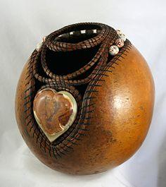 antler and pine needle gourd art | 1206 heart-shaped stone, pine needles, stone beads