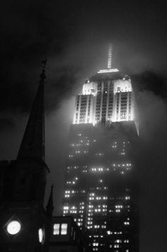 Empire (Fog)  Fashion District, Manhattan :: Joel Zimmer Photography