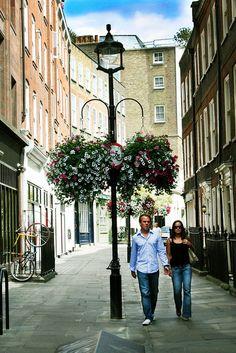 Couple in Soho, London via http://townfish.com. Follow us: http://twitter.com/townfish_london
