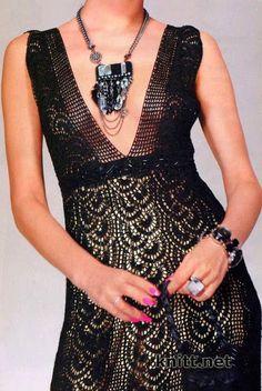 Vestido Preto. / Black Dress.