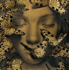 The amazingly talented New York-based artist Alessandra Maria creates intriguing portraits using graphite/carbon pencil, gold leaf, and black ink on coffee stained paper. More illustrations via Supersonic Brad Kunkle, Gold Leaf Art, Paper Artwork, Gold Ink, Belle Photo, Oeuvre D'art, Art Inspo, Illustration Art, Ink Illustrations